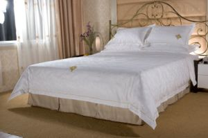 White Bedding Set for Hotel pictures & photos