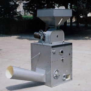Small Rubber Roller Rice Huller (LM24-2C) pictures & photos