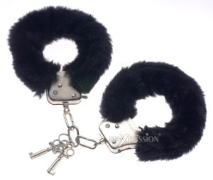 Funny Adult Toys - Fuzzy Fuzzy Kink Fur Handcuffs pictures & photos