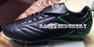 Hot Selling Soccer Boots Football Sports Shoes with Cheap Price