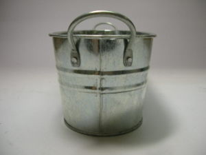 Gardening Bucket in Oval Shape with Handle, Accept ODM/OEM pictures & photos