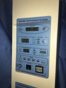 Infant Incubator Medical Infant Radiant Warmer pictures & photos