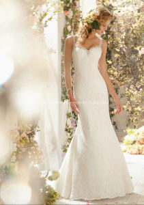 Embroidary Bead Lace Bridal Gown Backless Wedding Dress pictures & photos