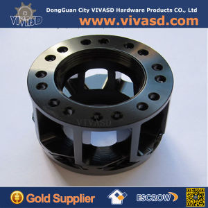 Customized CNC Machined Auto Hub pictures & photos