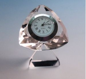 Cheap Gifts Diamond Shape Crystal Clock pictures & photos