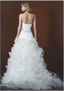 Strapless Organza Bridal Ball Gown Beads Real Wedding Dress Lk1540 pictures & photos