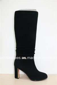 Professional Supplier of Lady Warm Boots pictures & photos
