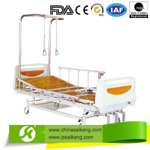 Orthopedics Traction Bed Four Crank Three Functions pictures & photos