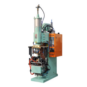 Heron 330kVA Mfdc Spot Welding Machine for Fuel Tank Cover Frame pictures & photos