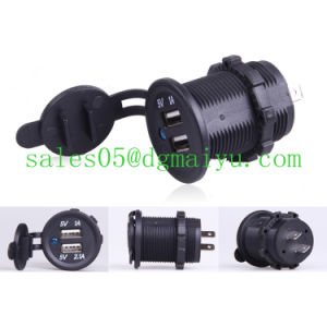 Motorcycle Car 12V/24V Dual USB LED Charger Adapter Socket pictures & photos