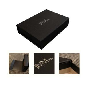 New Design Rigid Paper Gift Box with Magnectic pictures & photos