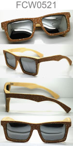 Custom UV400 Polarized Wooden Sunglasses for Wholesale pictures & photos