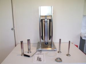 Stainless Steel 3/5/7L Vertical Sausage Stuffer (GRT-VSP3/5/7) pictures & photos