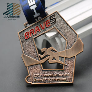 Custom Hollow out Metal Running Sports Medal with Enamel pictures & photos