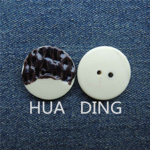 2-Hole High Quality Fashion Plastic Hand Stitchc Button for Garment (R278) pictures & photos