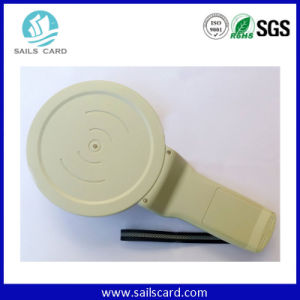 NFC Passive RFID Ear Tag Handheld Reader pictures & photos