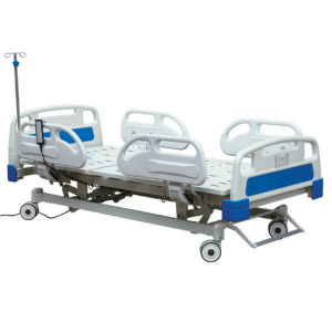Hotsale Four Function Hospital Bed pictures & photos