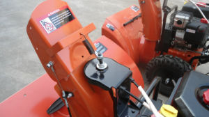 """250cc B&S Engine 24"""" Chain Drive Snowblower pictures & photos"""