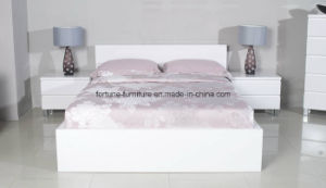Bedroom Furniture/Modern Wooden UV High Gloss White Bedside Table (10292) pictures & photos