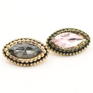 Fashion Oval Shape Diamond Decoration Zinc Alloy Shank Button pictures & photos