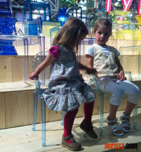 Baby Kids Children Furniture Junior Lou Louis Chair pictures & photos
