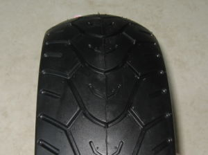 Motorcycle Parts Motorcycle Tyre 130/60-13 pictures & photos
