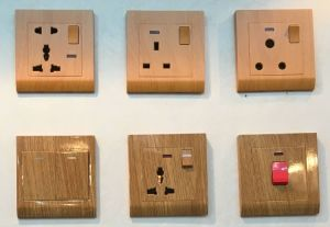 British Standard Wooden Color Wall Switch Socket Home Appliance pictures & photos