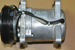 Air-Conditioning Compressor Assy 8103100-P21-A1 for Great Wall Cc1021PS05 pictures & photos