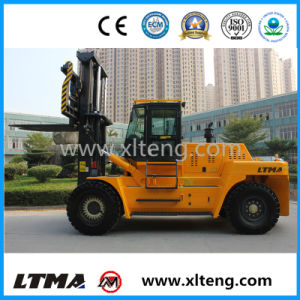 China Maximal Diesel Forklift 20 Ton Forklift Truck pictures & photos