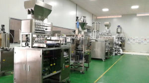 High Speed Shampo Lotion Ketchup Sachets Packing Machine pictures & photos