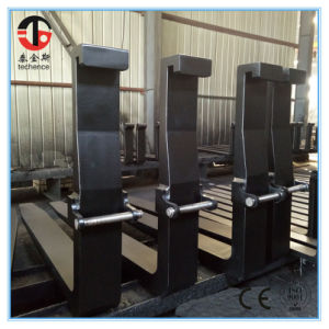 4A 65*150*1370mm 42CrMo Forged Forklift Forks pictures & photos