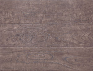 Embossed-in-Register (EIR) Maple HDF Laminated Flooring E1 AC3/AC4 pictures & photos