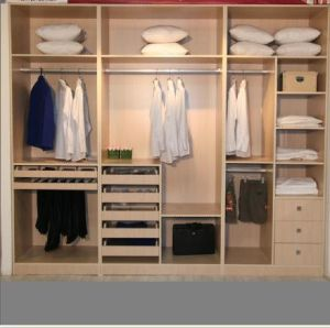 Custom Made Bedroom Wardrobe (ZH-012) pictures & photos