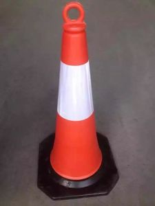 70cm PE Traffic Cone with Ring on The Top pictures & photos