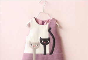 Fashion Girl′s Vest Dress Clothes for Children Clothing pictures & photos