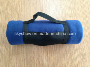 Fleece Blanket with Nylon Handle (SSB0123) pictures & photos