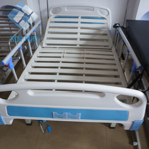 Factory Price 3 Cranks Manual Foldable Hospital Bed with ABS Side Rail pictures & photos