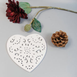 Cheap Good Quality Heart-Shaped Polyresin Coaster pictures & photos