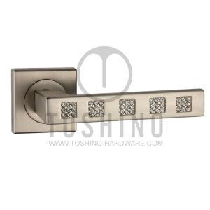 Zinc Alloy Door Locks Handle on Rosettes (153.10375) pictures & photos