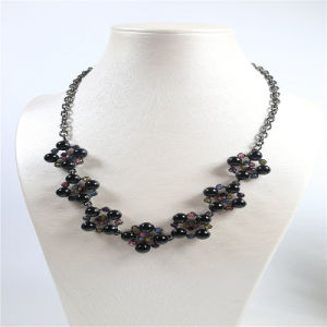 New Design Black Beads Colorful Stones Fashion Jewelry Set Earring Bracelet Necklace pictures & photos