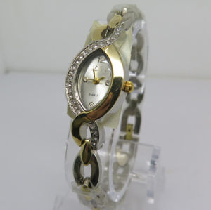 Factory Hot Sale Women′s Wrist Gift Watch pictures & photos