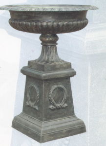 Cast Iron Garden Urn, Casting Vase (CAP149B) pictures & photos