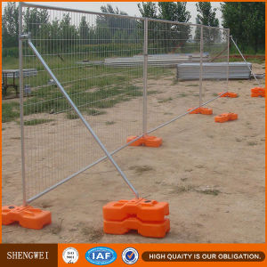 Galvanized Round Pipe Temporary Fence Panel pictures & photos