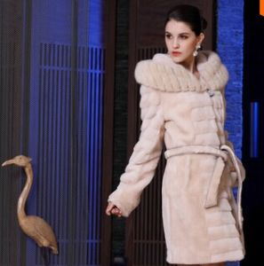 2015 New Winter Womens Sheep Shearing Fur Coat with Mink Fur Collar Long Trench Women Fur Magic for Cold Hooded Dropship pictures & photos