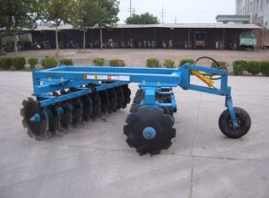 Agricultural Machinery Heavy Duty Hydraulic Semi Mounted Disc Harrow Farming Equipment pictures & photos