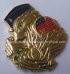 Customized Gold Plating People Pins (Hz 1001 P0153) pictures & photos
