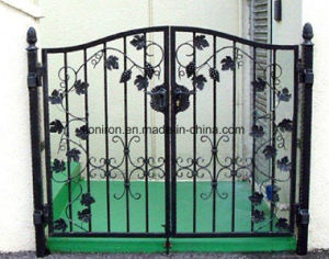 Classical Elegant Design Wrought Iron Double Entrance Gates pictures & photos