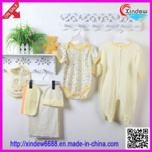 Unisex Baby′s Wear Set pictures & photos