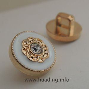 11mm Sewing Button Embeded Diamond (B935) pictures & photos