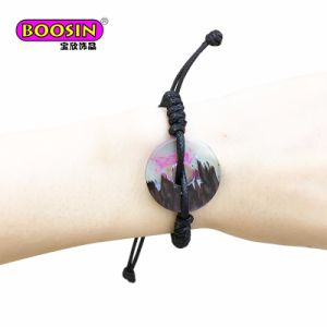 New Design Wood Resin Pendant Cuff Bracelet Jewelry pictures & photos